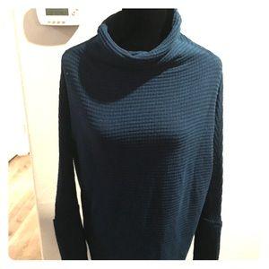 We the free! Xs tunic sweater